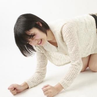 岡田みはるアナの現在を見て学べる号泣マーケティングの効果とは?(起業講座)
