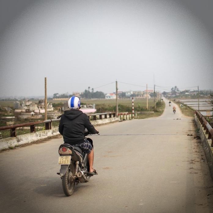 バイクで世界一周するのに必要な費用と時間をどう確保するか?